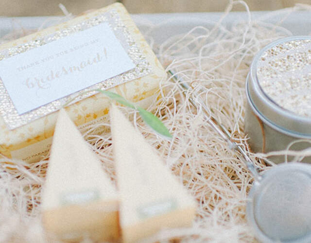 Wedding Favours & Gifts in Ontario